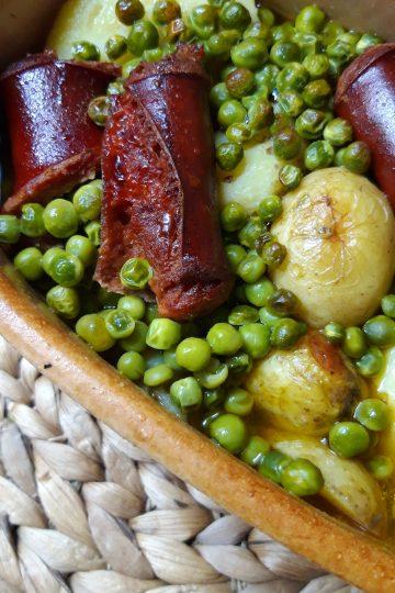 Krompir iz rerne sa garškom i kobasicom