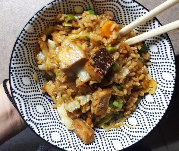 hrskavi tofu sa povrcem u soja sosu