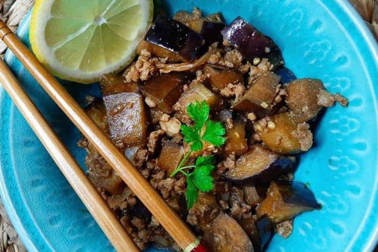 Kineski plavi patlidžan s mlevenim mesom